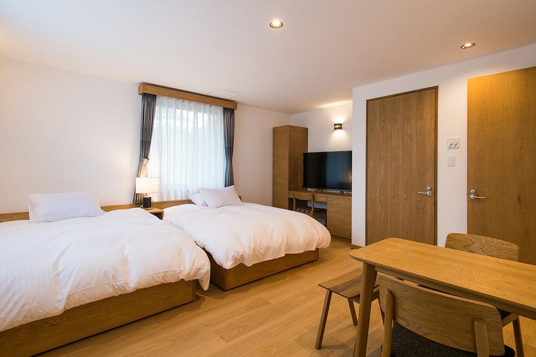 room1_03