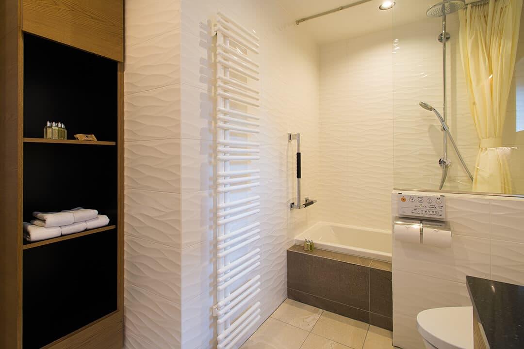 2F 浴室 | NISEKO REISE HOUSE(ニセコライゼハウス)